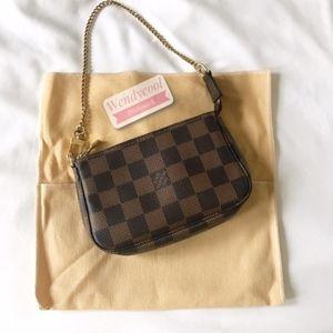 Made in France‼️Louis Vuitton Pochette mini bag